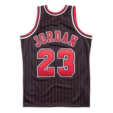 Authentic Jersey Chicago Bulls Alternate 1996-97 Michael Jordan